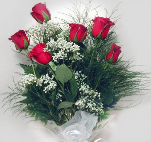 Bouquet de six roses id e cadeau qu bec for Bouquet de fleurs quebec