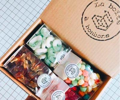 Boîte à bonbons Cadeau pour les dents sucrées :). Bon régal!