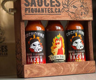 Sauces piquantes Voir toutes nos idées cadeaux reliées à la sauce piquante!