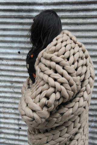 Jeté en laine XXL – Atelier4920