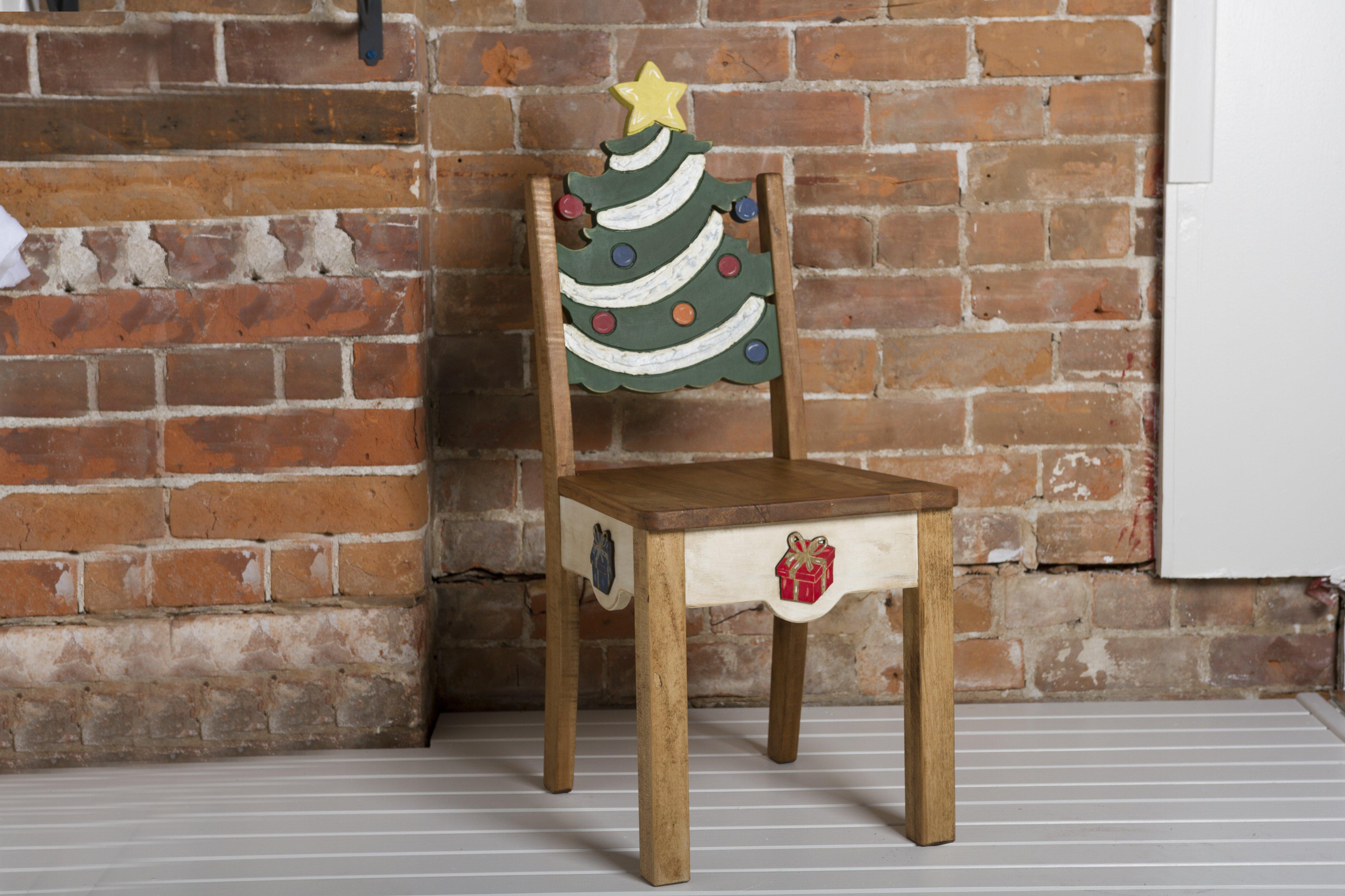 Chaise de bois – Le sapin