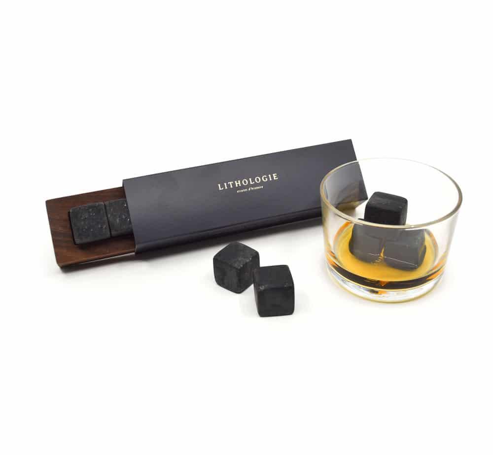 Cliquez ici pour acheter Pierres à whisky granulite foncée + boîtier