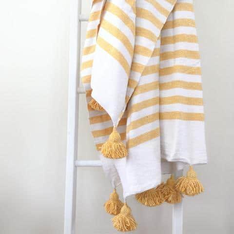 Couverture marocaine blanc jaune id e cadeau qu bec for Acheter maison quebec
