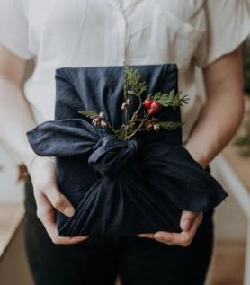 Furoshiki – Emballage cadeau écologique
