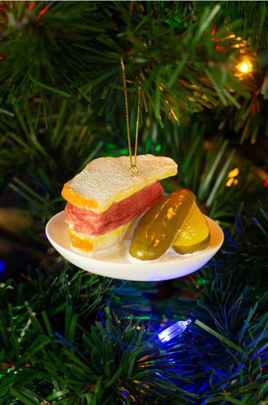 Cliquez ici pour acheter Décoration Sapin de Noël – Smoked Meat