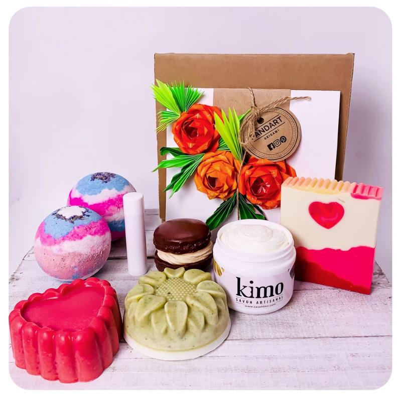 Cliquez ici pour acheter Coffret de savons rempli d'amour!