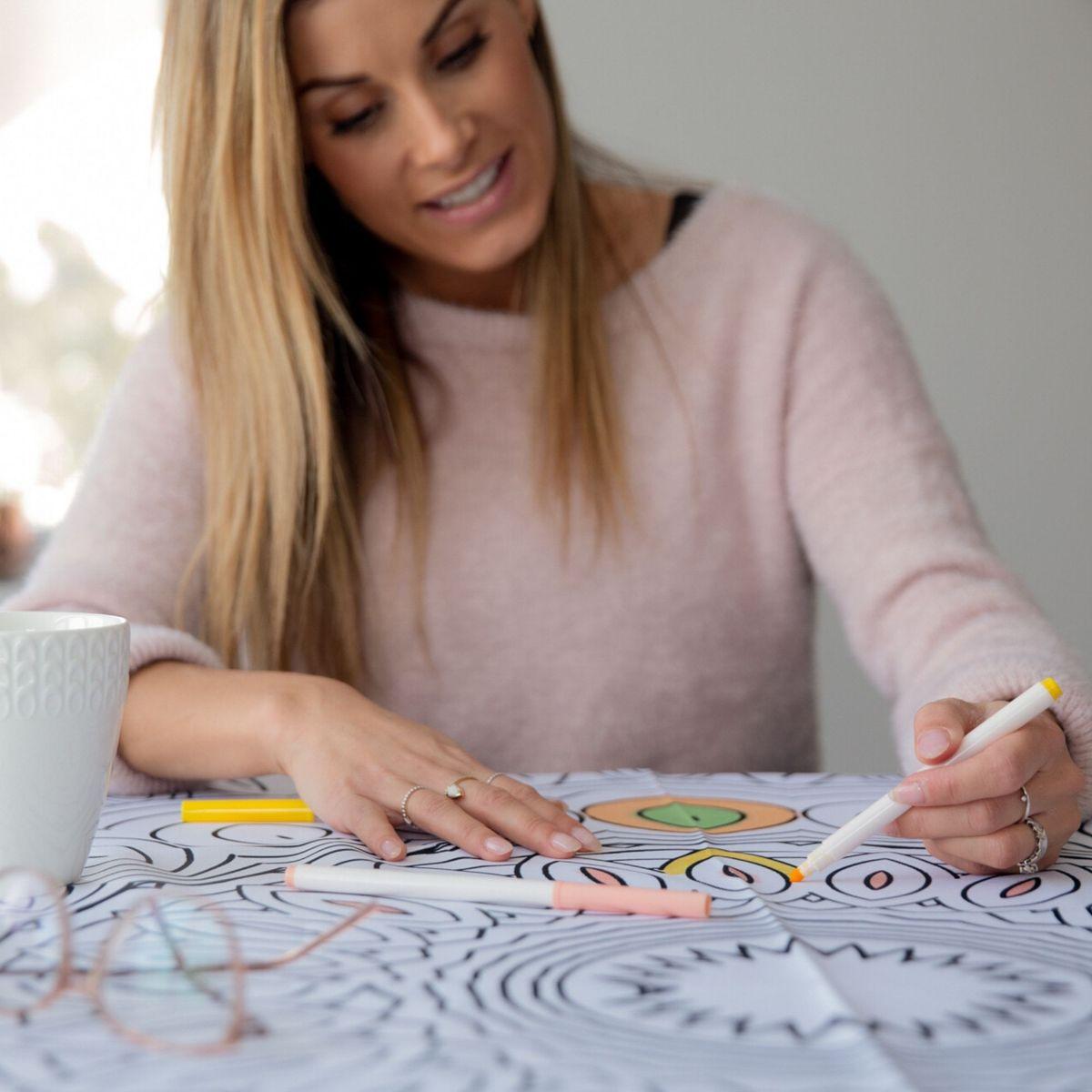 Cliquez ici pour acheter Nappe à colorier – Mandala