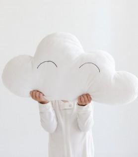 Coussin nuage pour les enfants