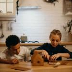 Ensemble DIY - Fabrication d'une maison en pain d'épices