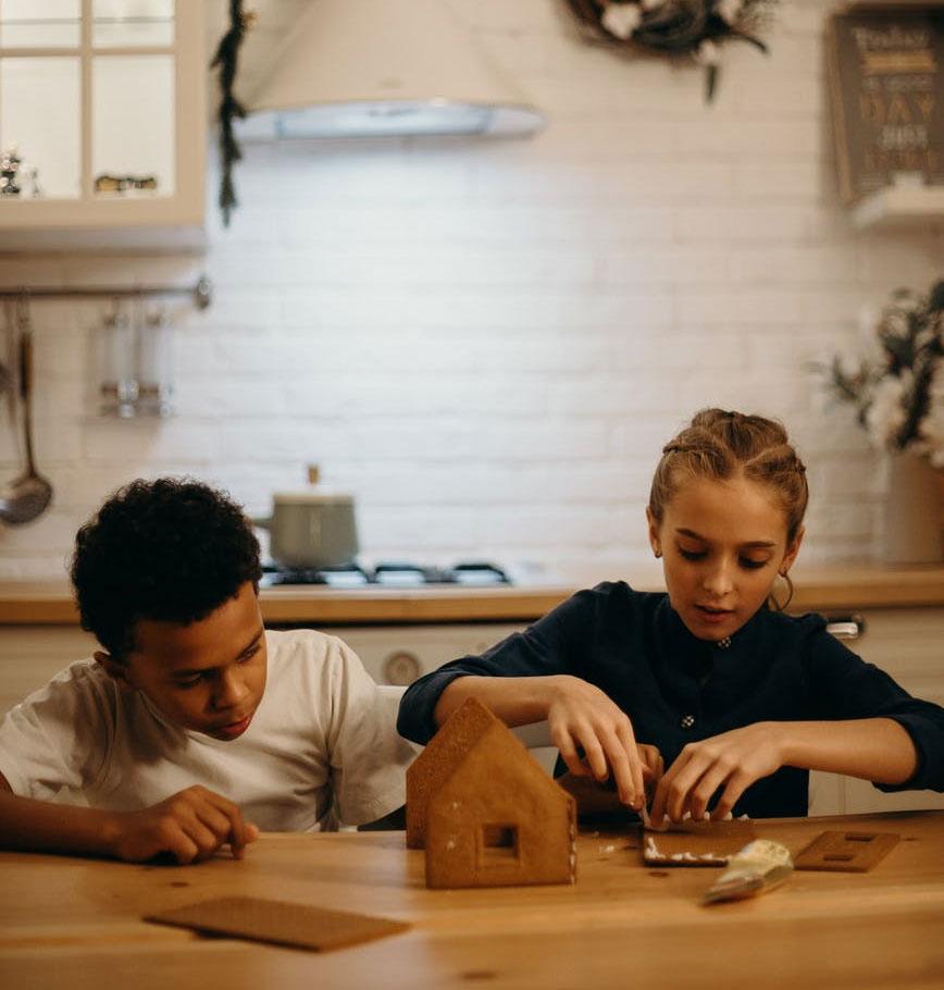 Cliquez ici pour acheter Ensemble DIY – Fabrication d'une maison en pain d'épices