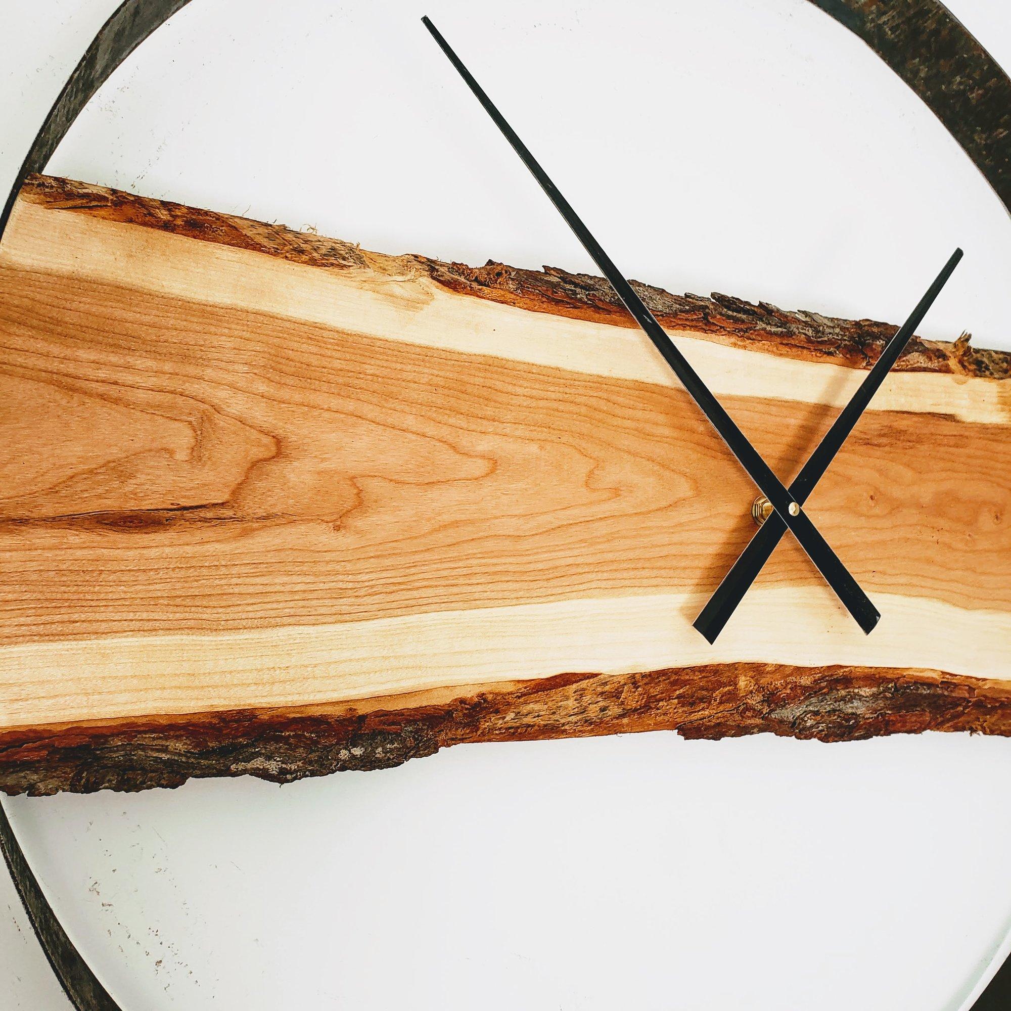 Cliquez ici pour acheter Horloge en cerisier