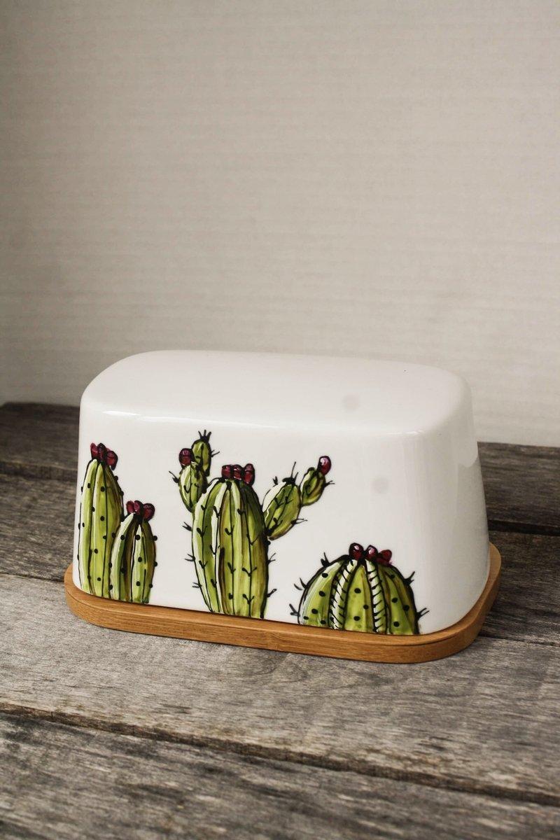 Cliquez ici pour acheter Beurrier cactus avec base en bambou
