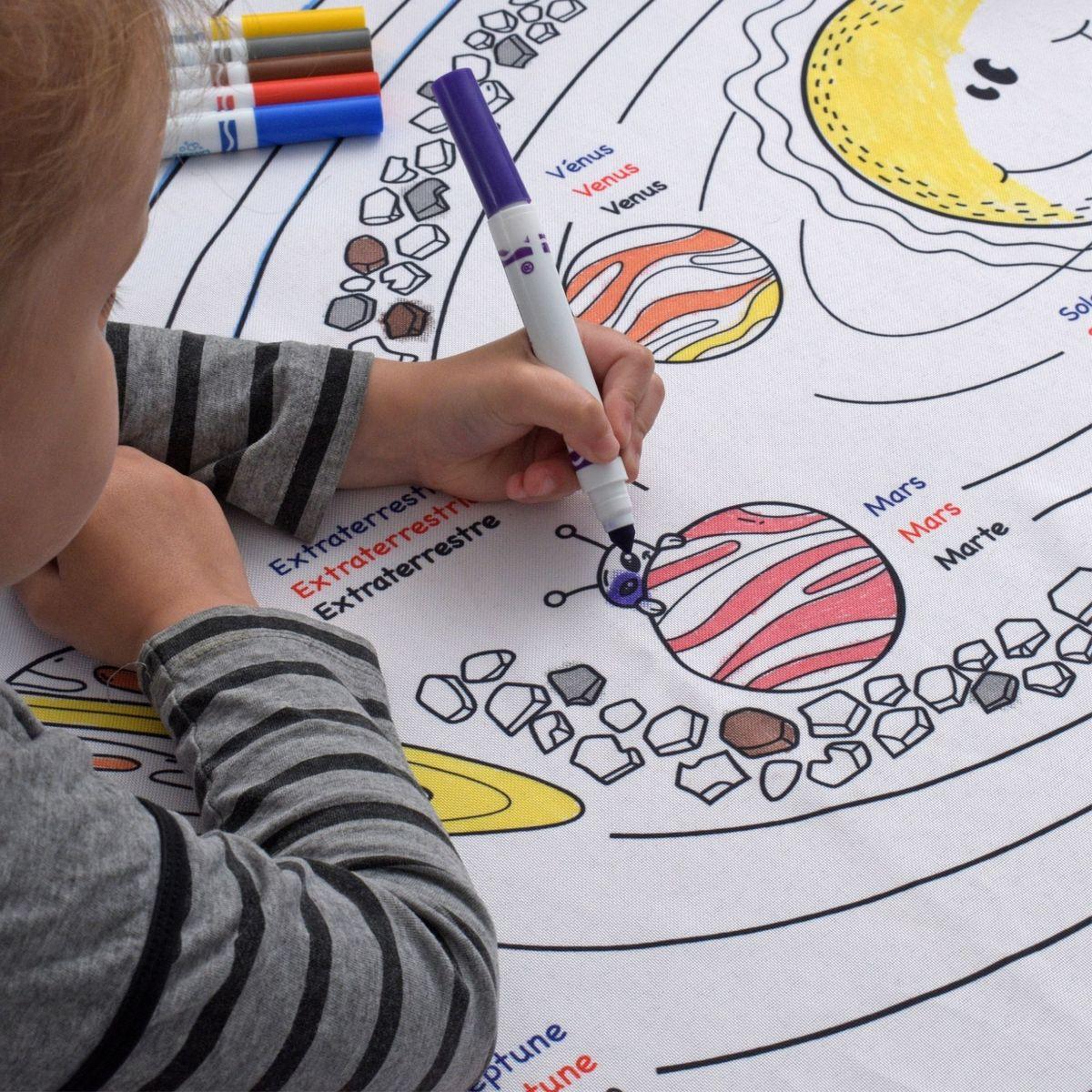 Cliquez ici pour acheter Nappe éducative à colorier – Les planètes